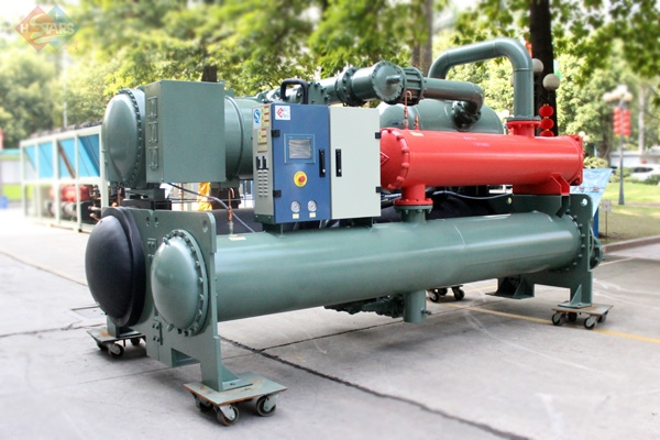 water cooled flooded screw typr chiller with heat recovery
